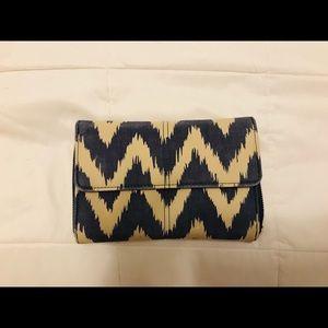Thirty-One crossbody/wallet